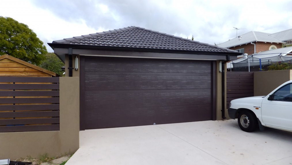Cosmopolitan Garage Doors & Garage Doors - Garage Doors Sunshine Coast Caloundra