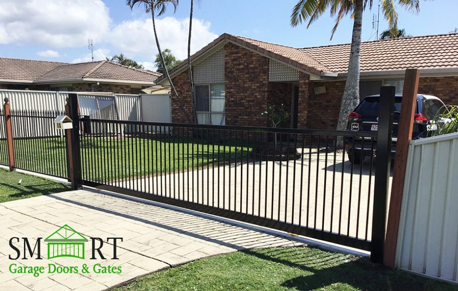 manual sliding front gate sunshine coast